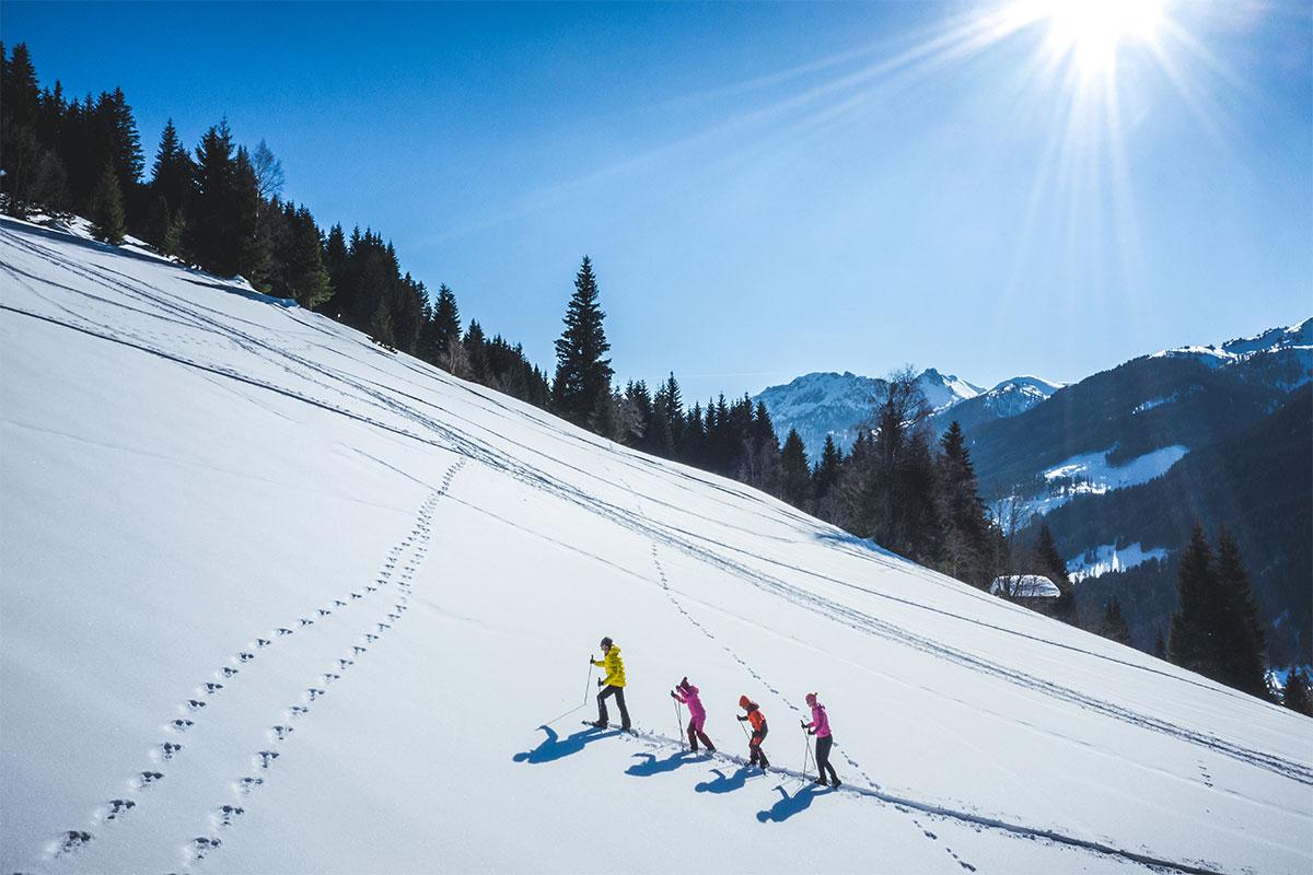 Schneeschuhwandern Winterurlaub Salzburger Land 2